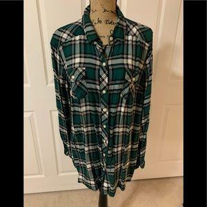 "Women's ""TORRID"" Green Plaid Button down Shirt"